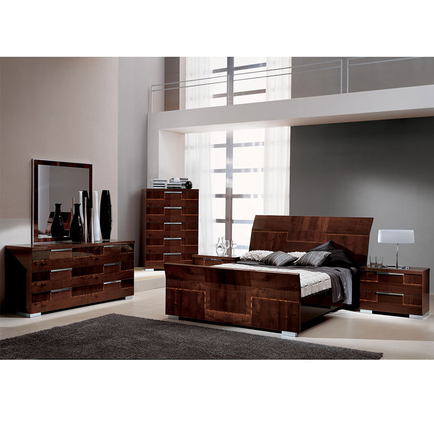 Pisa Queen Sleigh Bed Made In Italy Alternate Image, 2 Of 6 Images.