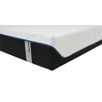 Luxe-Adapt Soft Queen Mattress by Tempur-Pedic