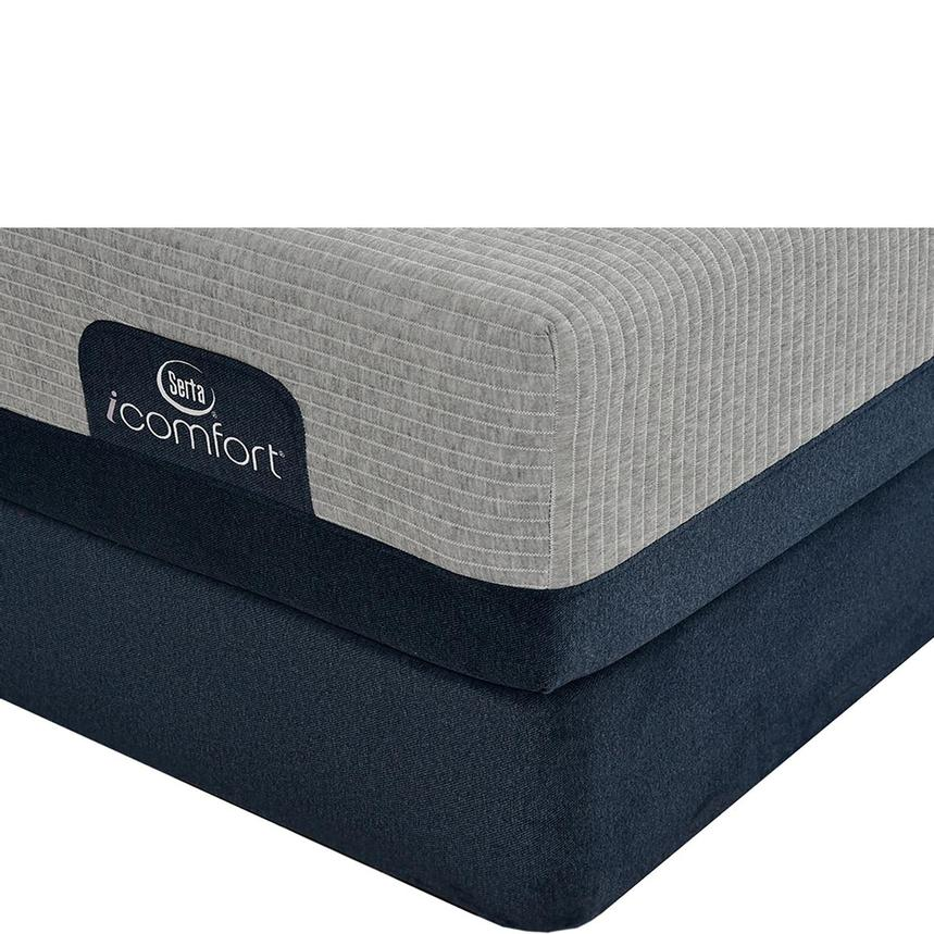 iComfort Blue Max 1000 Plush Queen Mattress w/Low Foundation by Serta  main image, 1 of 4 images.