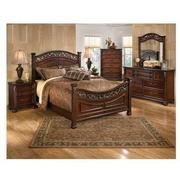 Leahlyn 4-Piece Queen Bedroom Set  alternate image, 2 of 6 images.